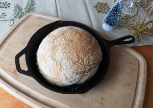 No-Knead Bread baked in a Skillet